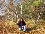В опавших листьях