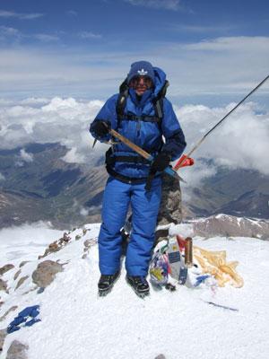 Шумбасов Николай Иванович на вершине г.Эльбрус 5642 м
